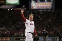 MLB: 2007 WS: Red Sox Beat Rockies 2-1 - Red Sox Lead Series 2-0